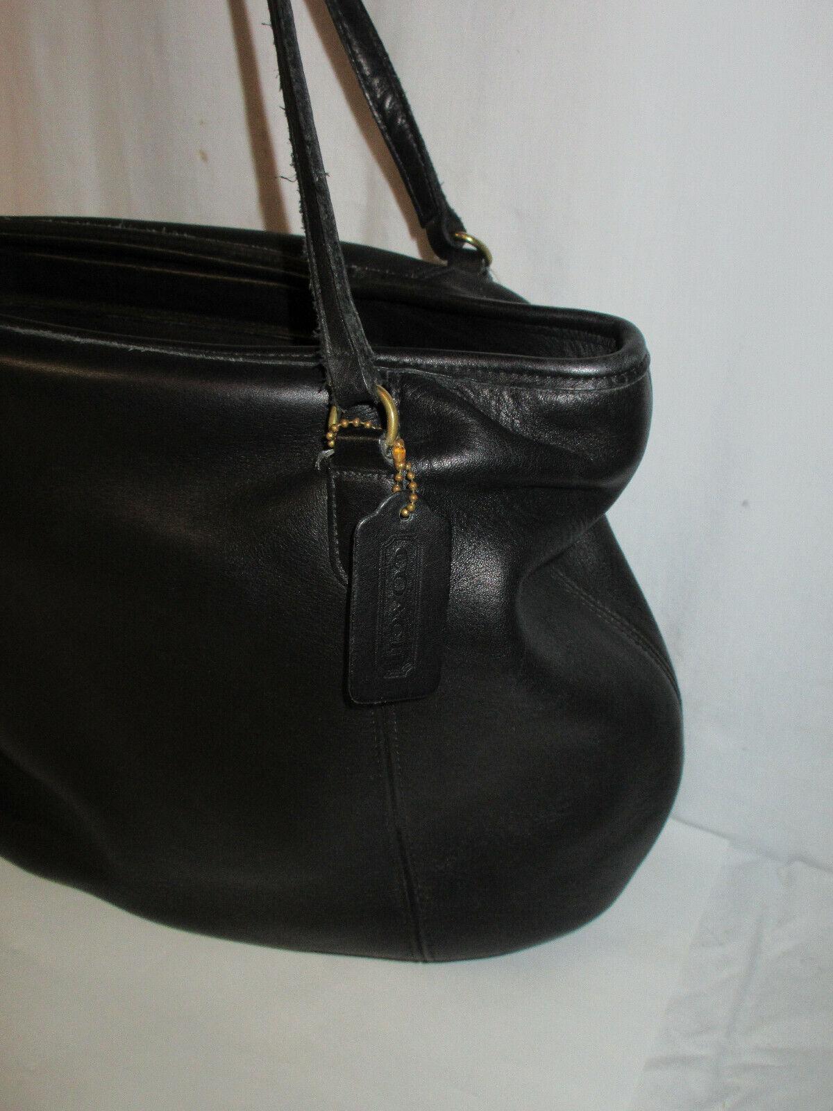 Vtg COACH 9998 Black Leather Large Framed Pouch H… - image 2