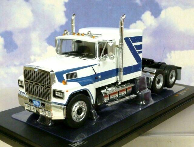 Superbe Ixo Diecast 1/43 1978 Ford Ltl 9000 Camion / Tracteur / Cab Blanc & Bleu