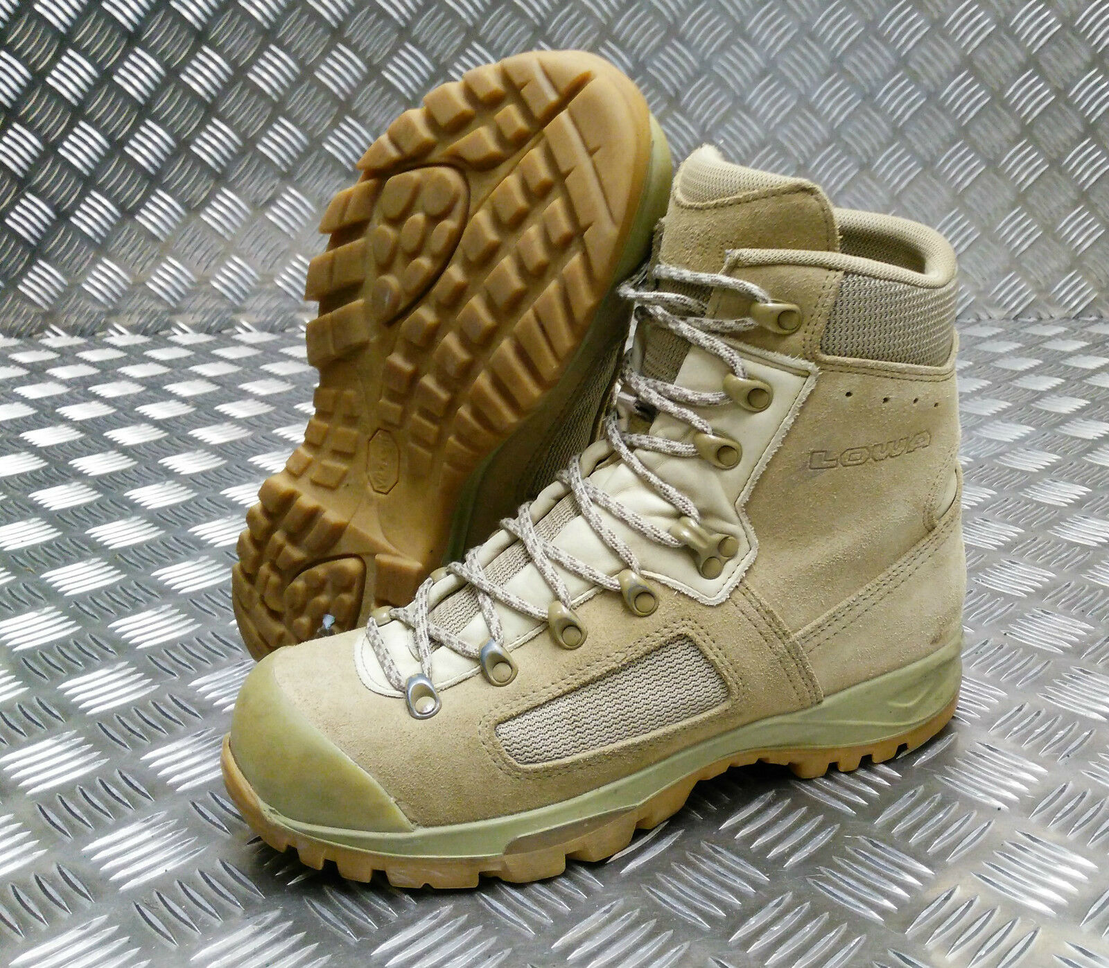 Genuine British Army Issue Lowa Elite MOD SL deserto pattuglia d'Assalto/Combattimento Boot SL MOD 44a17e