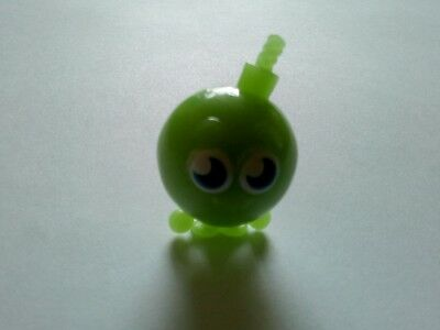 100% Waar Moshi Monsters Cherry Bomb Glow Green