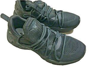 Reebok Trideca 200 EG2619 Mens Black Canvas Low Top Athletic Running Shoes 9