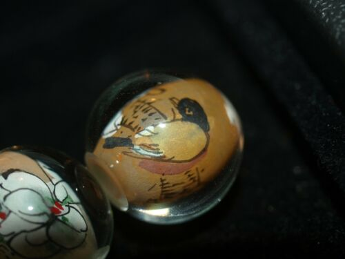 2x//Pair of Vintage Chinese Reverse Painted Glass Beads Birds Flowers 15mm Round