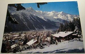 France-Chamonix-Mont-Blanc-Neige-sur-la-Station-au-Fond-etc-23325-Chambery-pos