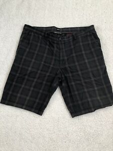 ac982595e Hugo Boss Men's Clyde-1-W Brown Plaid Regular Fit Shorts Size 38 | eBay