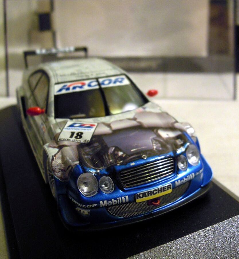 MINICHAMPS 430003718  Mercedes CLK DTM 2000,  18 M. M. M. Tiemann, NOUVEAU & NEUF dans sa boîte 94b3b1