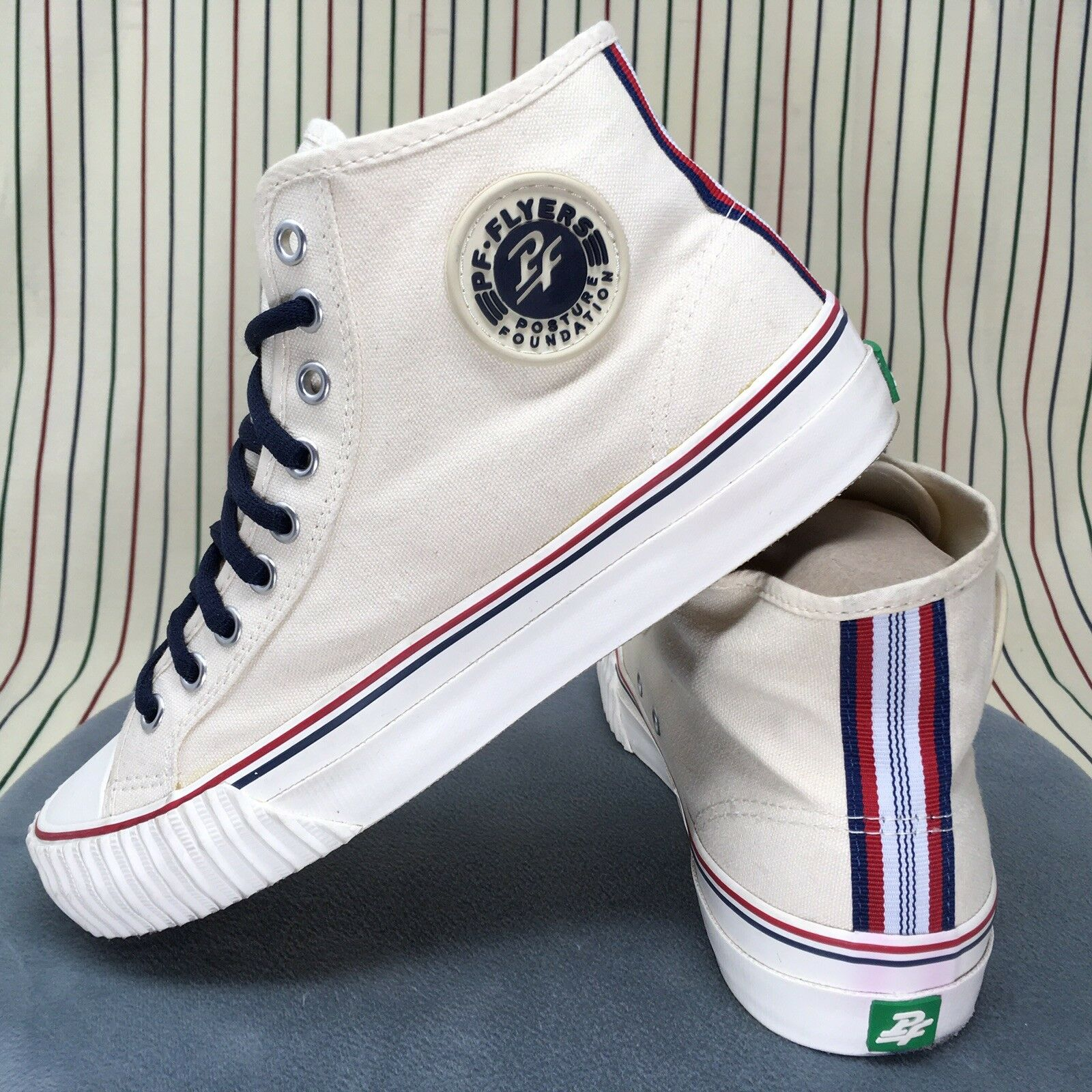 014 PF Flyers High Top shoes Mens WHITE Canvas Athletic Sneakers Size 9 Vintage