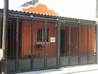 EN RENTA CASA FUNCIONAL GARAGE ELECT 2 REC 1 ESTANCIA 1 BAÑO AMUEBLADA Y EQUIPADA