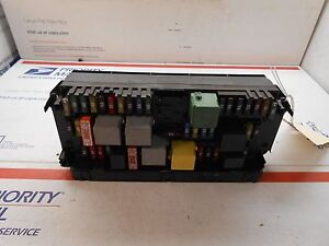 10 12 mercedes e class fuse box 2129005912 qf0019 ebayimage is loading 10 12 mercedes e class fuse box 2129005912