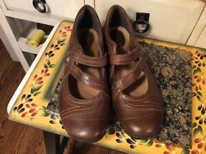 Women s Size 8½ W Clarks Artisan Mary Jane Shoes Brown Leather- EUC ... 7f32fcd8c5