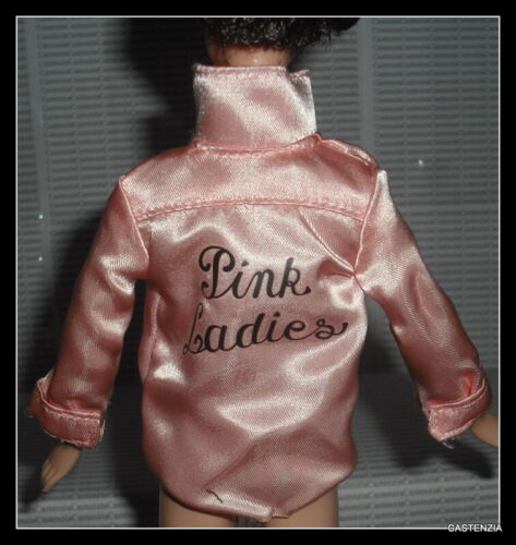 TOP MATTEL BARBIE DOLL RIZZO GREASE SILKSTONE LADIES SATIN COAT JACKET CLOTHING