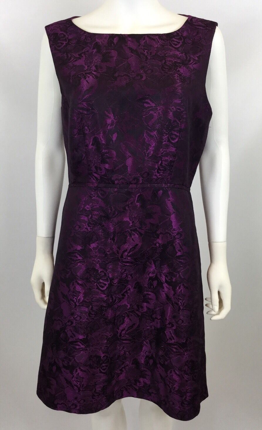 Tahari Women's Shimmer Sheath Dress - Size 10 - Retail  128.00 -