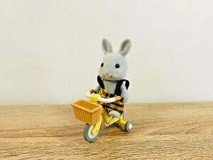 Sylvanian-Families-Vintage-Tricycle-Bicycle-Bubba-Babblebrook-Grey-Rabbit