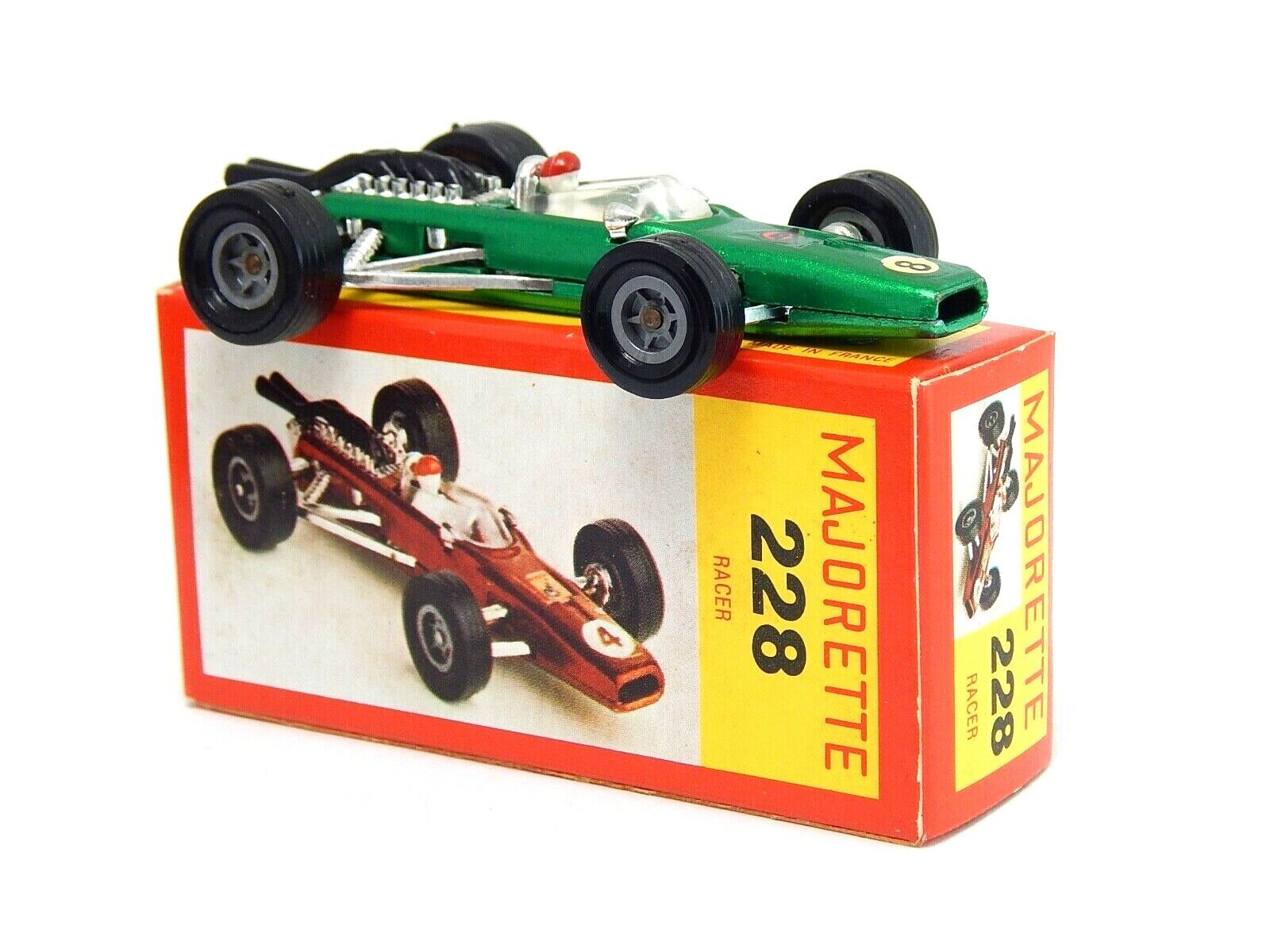 Racing voiture Racer vert  8 Majorette 228 1  65 Made in France Paper Box RARE  le style classique