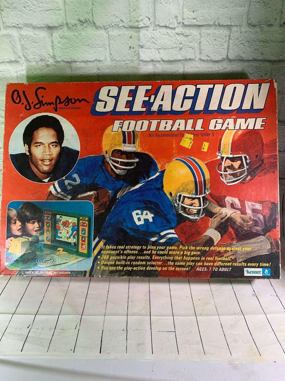 Kenner O.J. SIMPSON See Action Football Game Rare Item