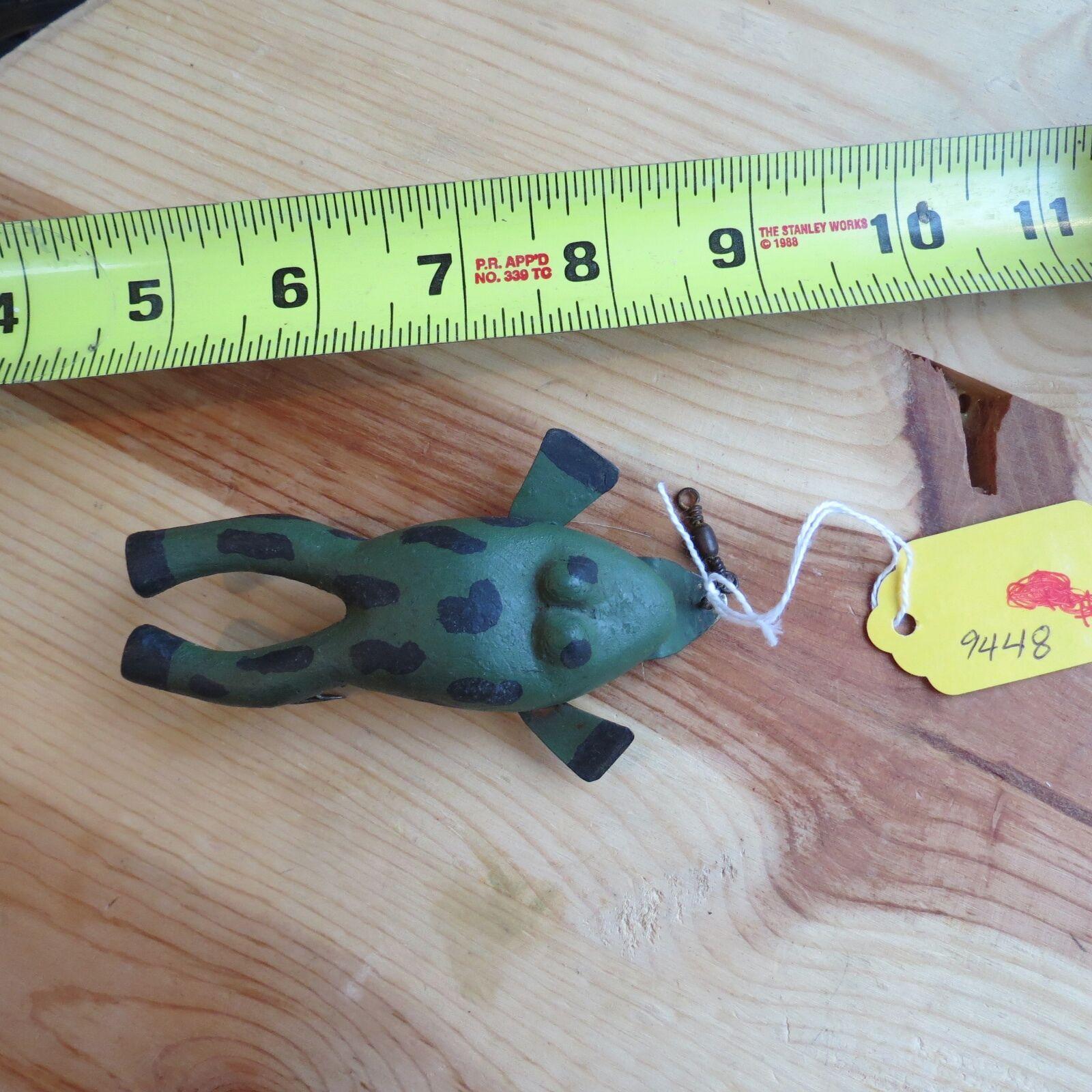 Vintage Wood & metal frog fishing lure (lot)