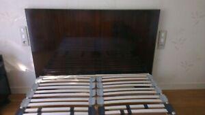 Bois de lit de chambre à coucher vintage années 60 très résistant