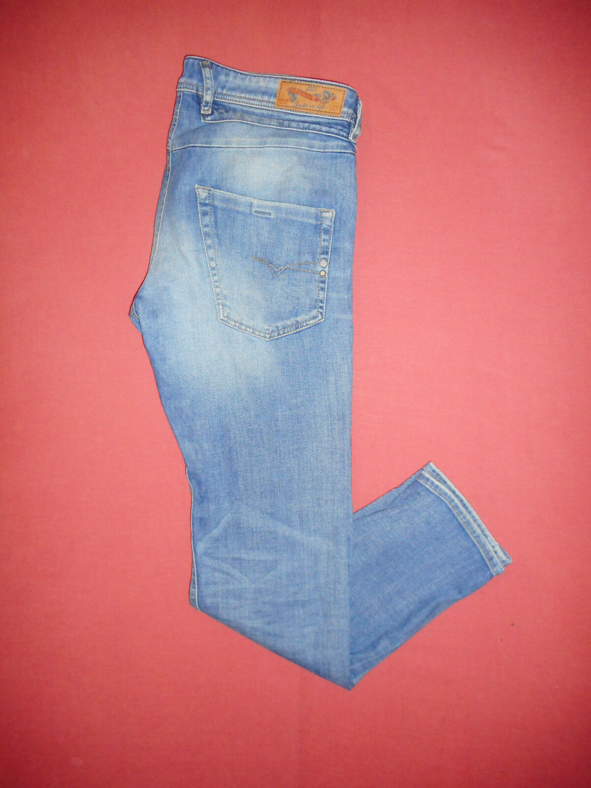 Diesel BELTHER 0665H Reg Slim-Taperot - W31 L32 - Mens Blau Denim Jeans - B68  | Bevorzugtes Material  | Guter Markt  | Viele Stile