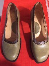 Beautiful John Fluevog Women's Mary Jane shoes: size 8