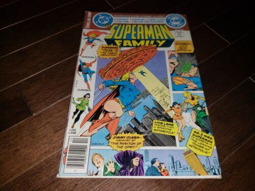 #198  1977//79 VF-//VF SUPERMAN FAMILY