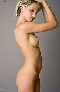 model pics fashion Nude