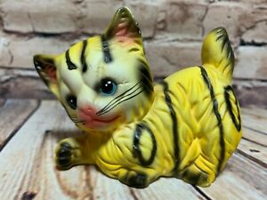 Soval-Artesania-Yellow-Tabby-Cat-Figurine-Bisque-Playful-Kitten-Vintage-70-039-s