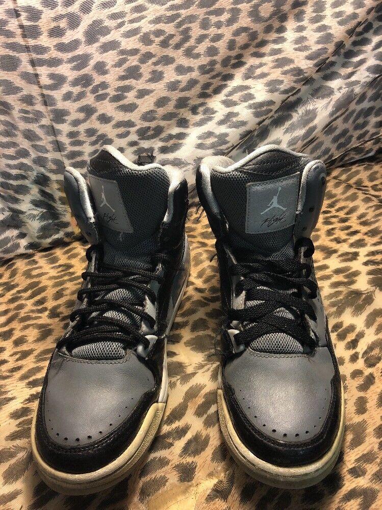 buy online f26ae dc0f9 Nike Air Jordan Flight Gray & Black Retro High High High Top Leather Shoe  629942-