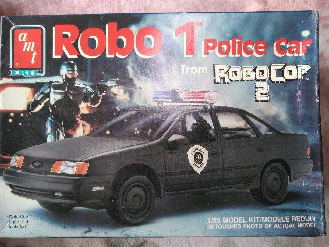 Fuera de la impresión Amt. ERTL 1 25 Robocop coche de policía