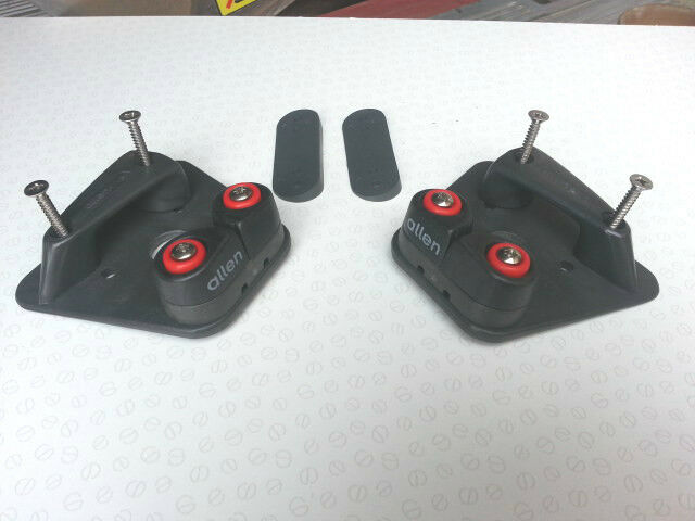 Handed pair of cleat bases inc fairleads & 676 cleats A4334