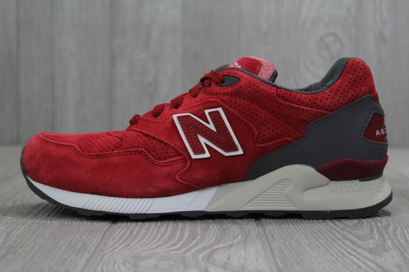 01589280cb29dd 33 New Balance 878 Red Suede White ML878SRB 8.5 Running shoes Men s Size  nxryue2537-Athletic Shoes - sandals.ewdayplumbing.com