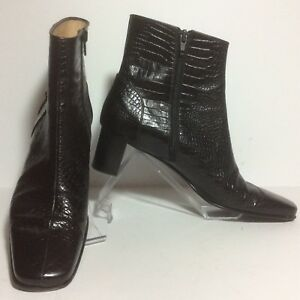 Salvatore-Ferragamo-Croc-Embossed-Black-Ankle-Zipper-Boots-Booties-Size-9-5-2A
