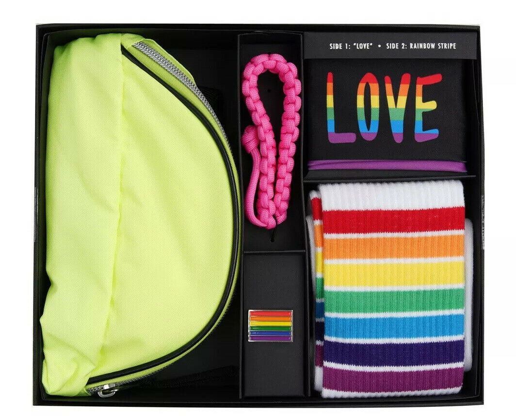 NEW Bespoke Tailored Pride Wear Theme 5 Piece Fannie Pack Set