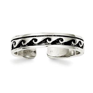 .925 Sterling Silver Antiqued Floral Toe Ring MSRP $49
