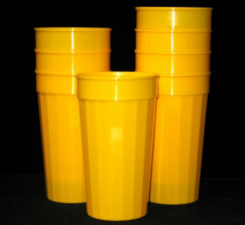 100 Large 32 Ounce Yellow Fluted Tumblers Made in America Lead Free Recyclable
