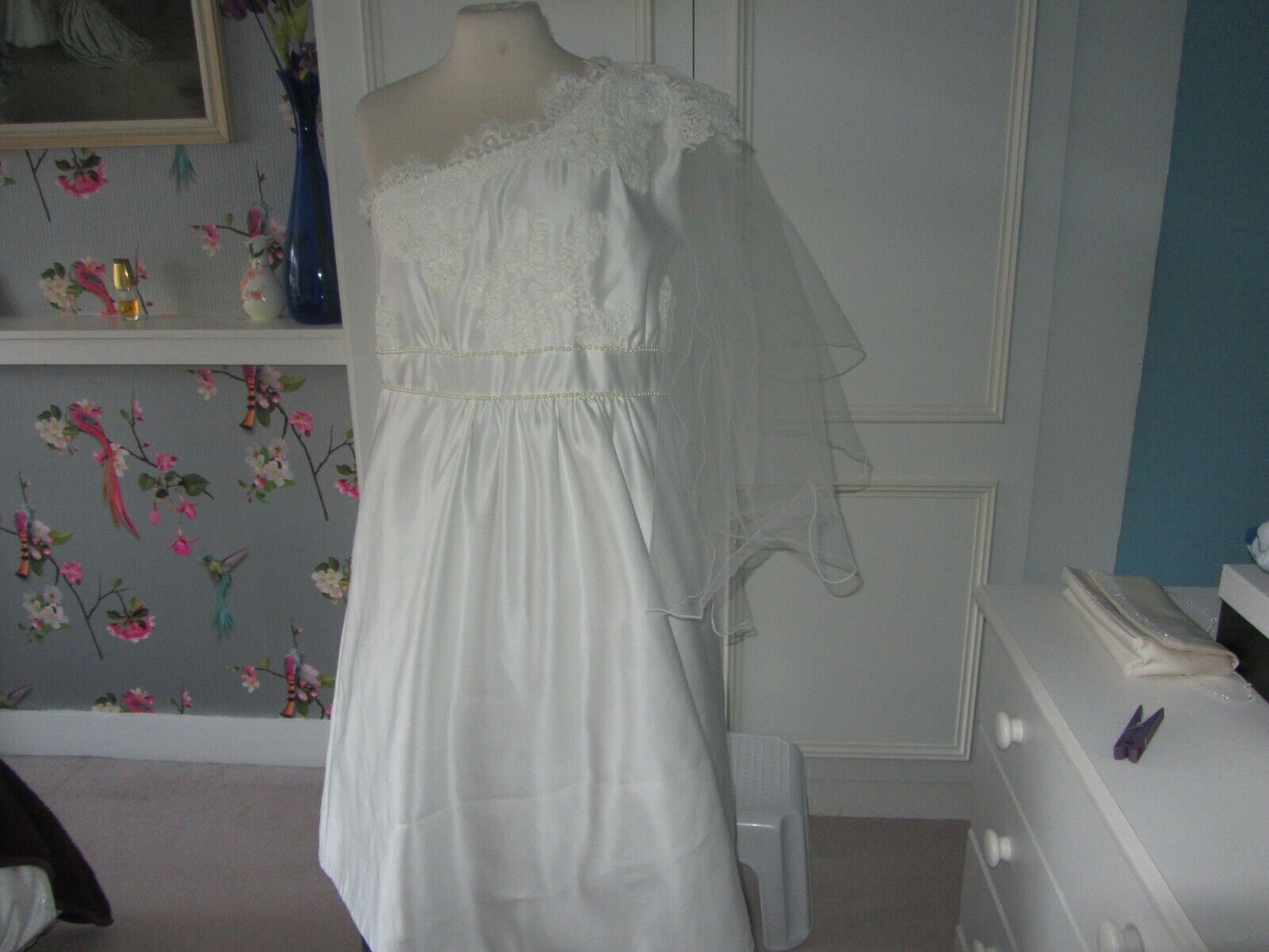 Ivory satin and corded lace short wedding dress 42in chest 40 waist