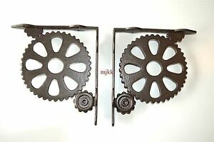 Pair-of-large-vintage-industrial-machine-cog-wall-shelf-brackets-bracket-AL40