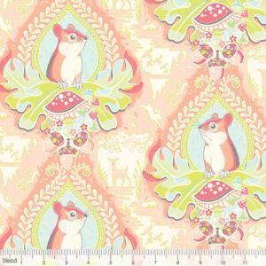 Morning-Glen-Haven-Squirrels-Acorns-Animals-Nature-Quilting-Craft-Cotton-Fabric