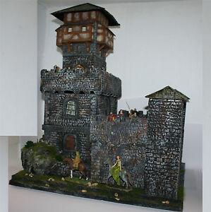Ritter-Burg-Wolfenstein-1571-zu-7cm-Sammelfiguren-Fertigmodell-in-Composite