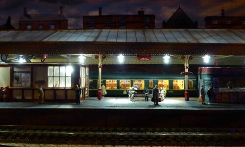 British Railways Model Railway Station Name Signs OO Gauge 4mm