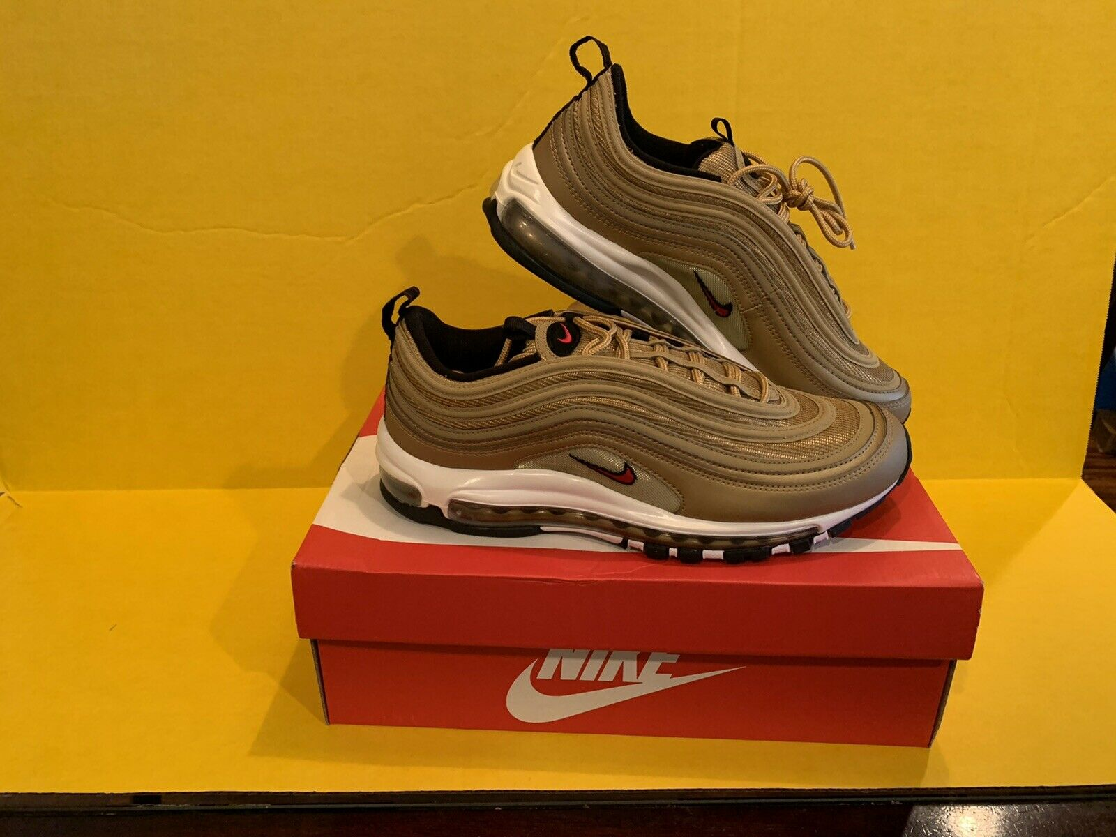 Size 9 - Nike Air Max 97 OG QS Metallic Gold 2017 - 884421-700 for ...