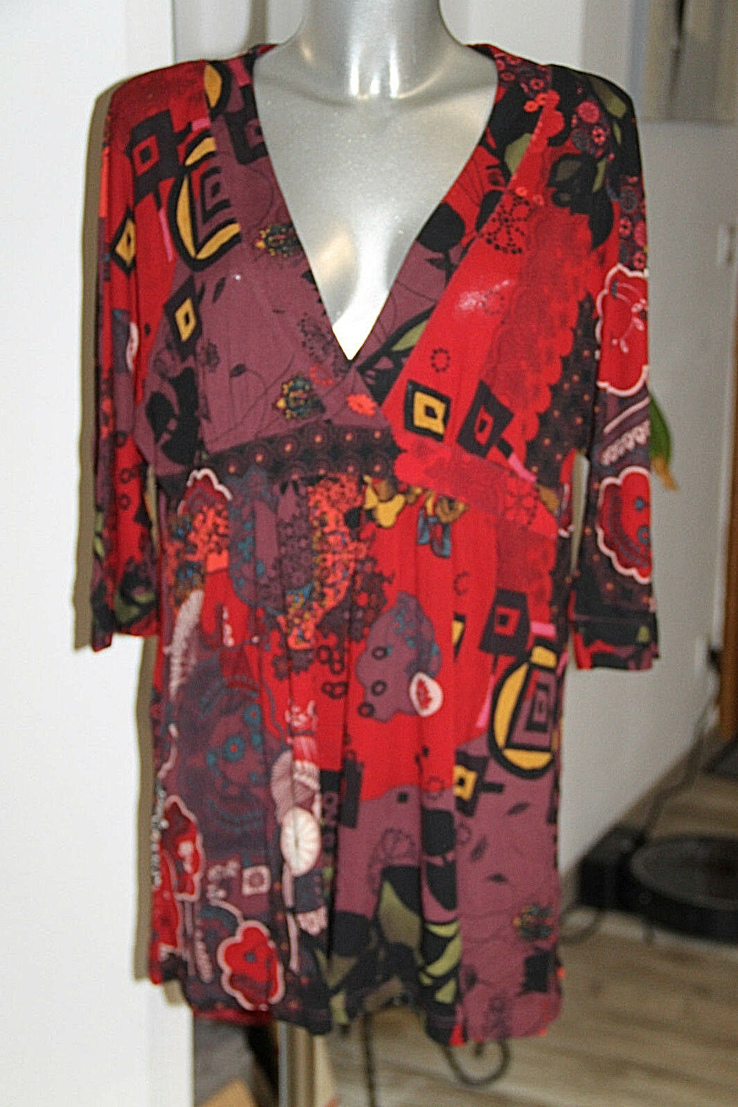 Nice top coupe cache-coeur multicolord CHACOK size 3 in excellent condition