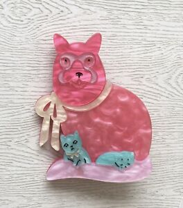 Unique-Large-Cat-kittens-Pin-Brooch-In-acrylic