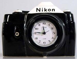 NIKON-CAMERA-CLOCK-VINTAGE-1983