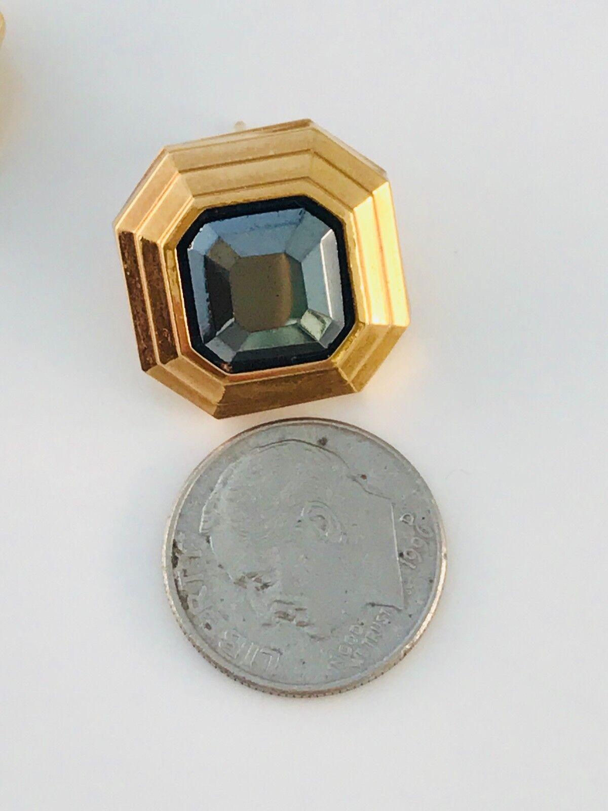 Vintage Lanvin Gold Tone and hematite Square earr… - image 9