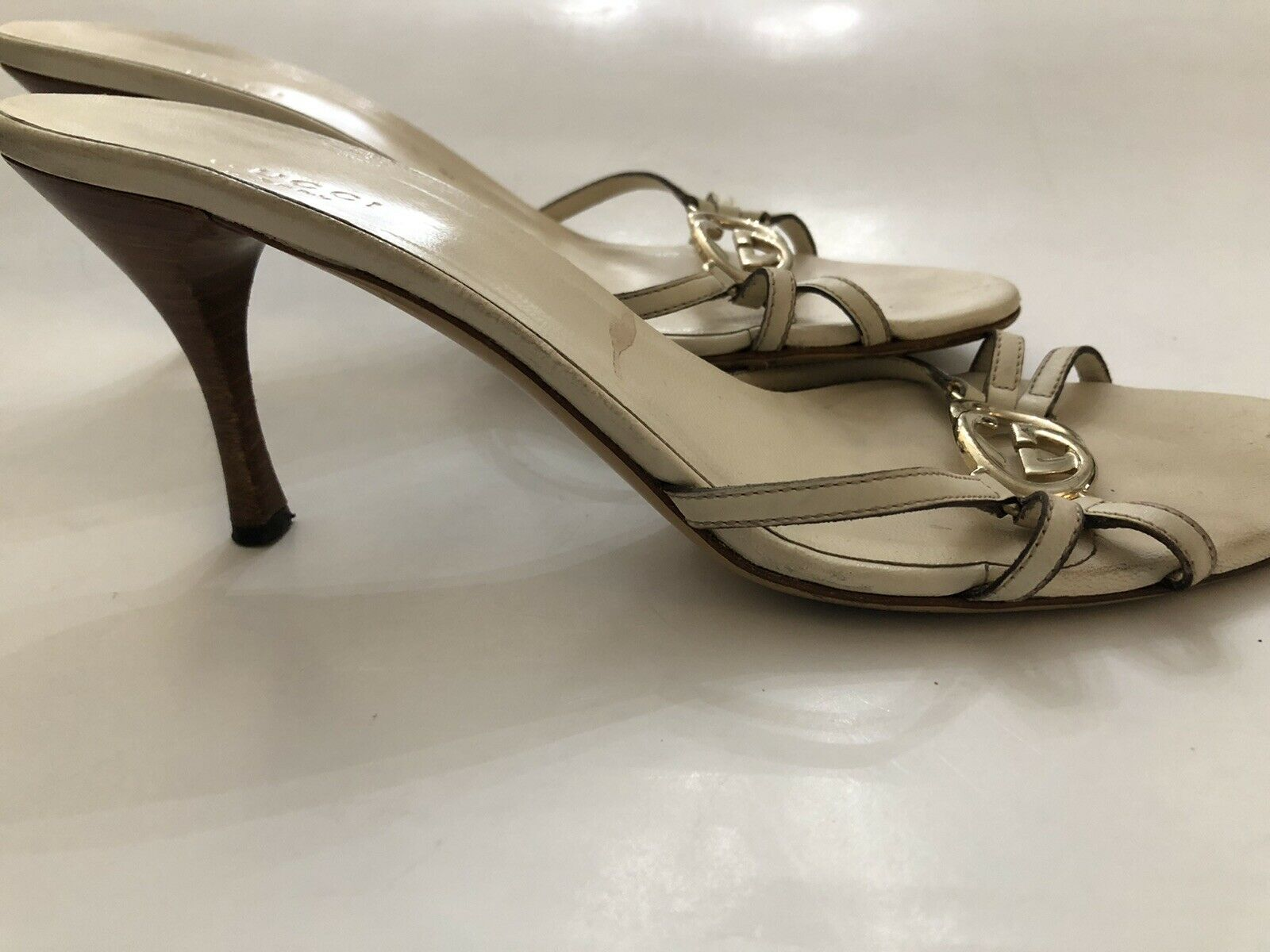 Gucci Off White Women Shoe 8B  - image 5