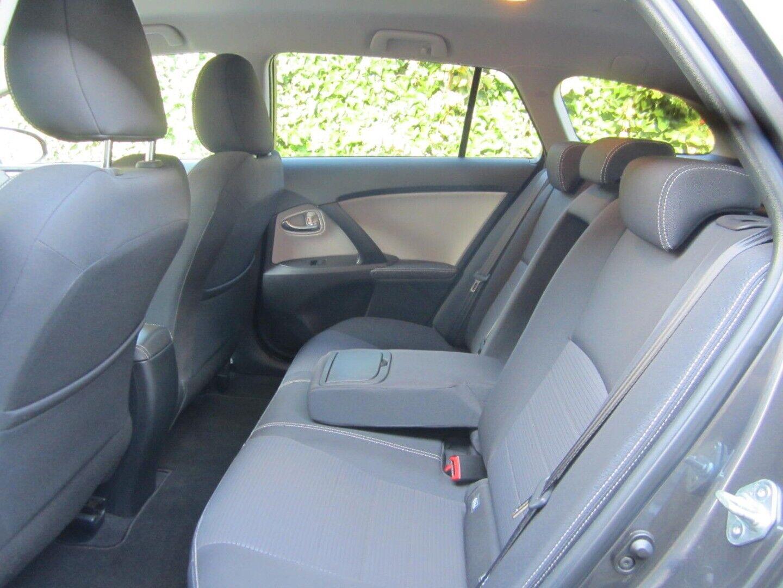 Brugt Toyota Avensis VVT-i T2 Premium TS i Solrød og omegn