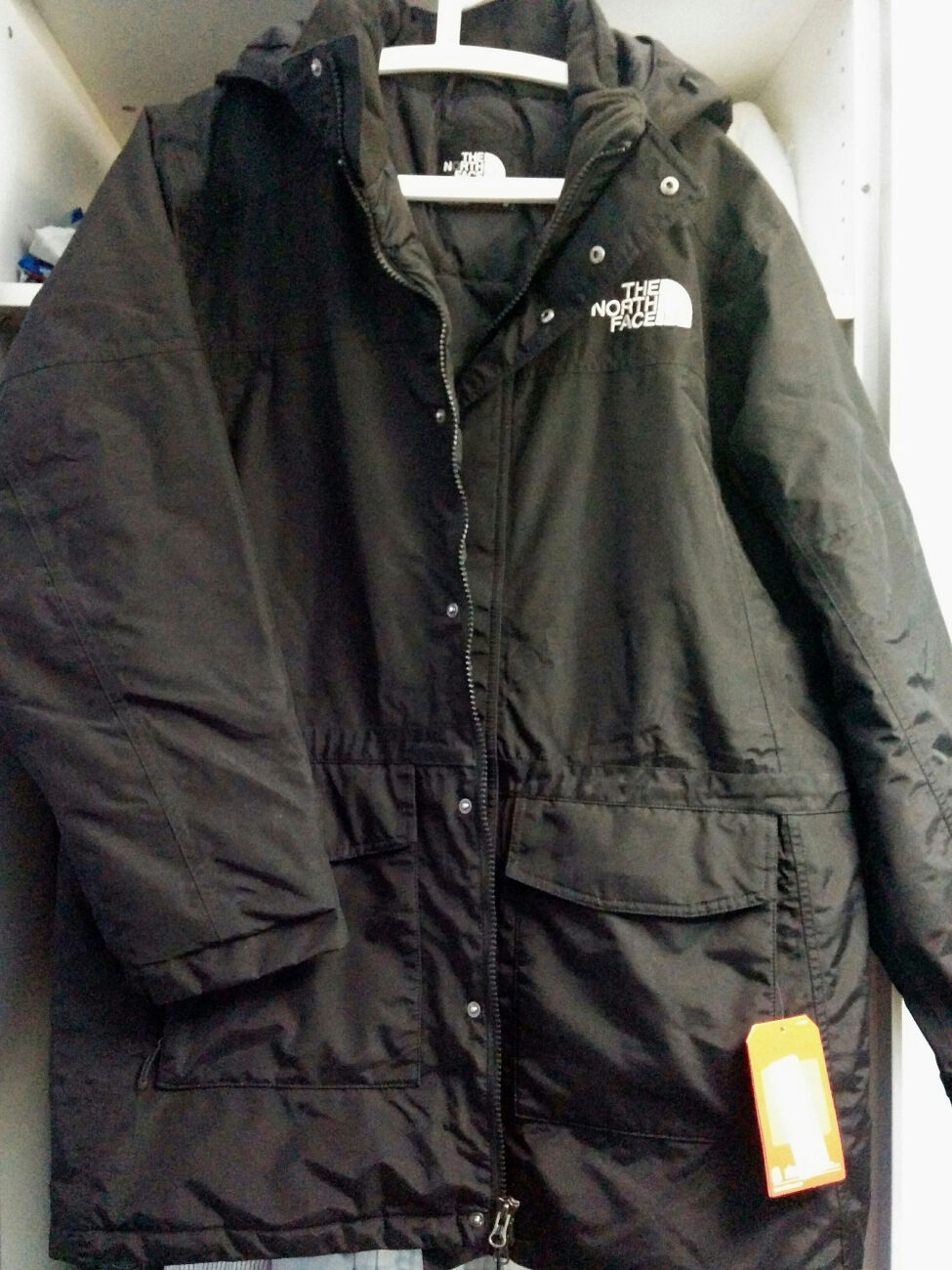 North face  beautiful parka new size large  high quaity
