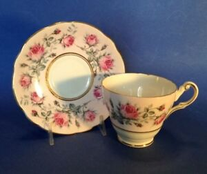 Regency-Pedestal-Tea-Cup-And-Saucer-Pink-With-Roses-Gold-Rims-England