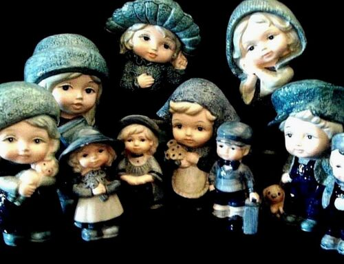 ADORABLE CERAMIC CHILDREN FIGURINES 1960//70 click on SELECT to browse or order