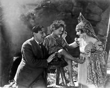 Mary Pickford, Ernst Lubitsch and Philippe De Lacy photo - D1585 - Rosita