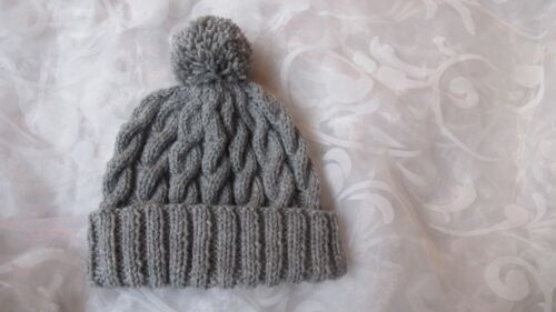 HAND KNITTED CHLDS BOB HAT CABLED GREY AGE 0-3mths3-6mths6-12mths 1-2 /&3-4 yrs